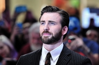 Chris Evans sera le héros dans « Red Sea Diving Resort »