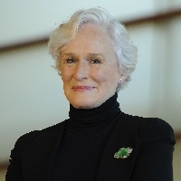 Glenn Close fait son come-back dans « Sea Oak »