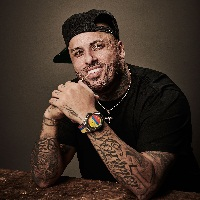 Nicky Jam lance « Big Bang Referee » de Hublot