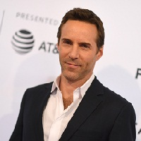 Alessandro Nivola sera en tête d'affiche de « The Many Saints of Newark »