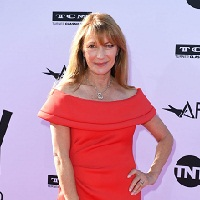 Jane Seymour jouera dans « The Hypnotist's Love Story »